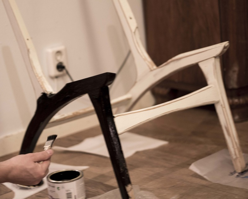 painting the chair legs black